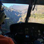 vue intérieur d'un helico de Mafate Hélicoptère Réunion